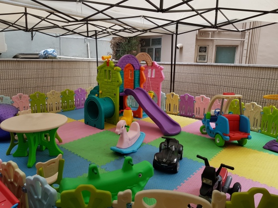 ura family brunch play area